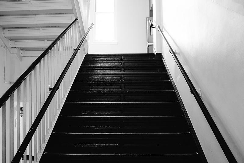 Pintar la caja de escaleras - Pinturas Noroeste - Pintores Madrid - Comunidad de Propietarios